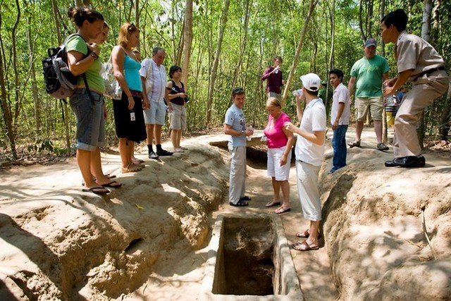 d546df1e4da805eedb0cd90b6e11db36 640x480 - CU CHI TUNNELS PRIVATE TOUR