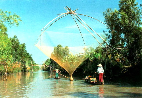 from cai be to saigon with mekong delta homestay1 640x480 - SOUTH VIETNAM TOUR (04 DAYS)