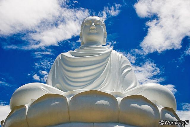lang son pagoda budha 640x480 - NHA TRANG SHORE EXCURSIONS