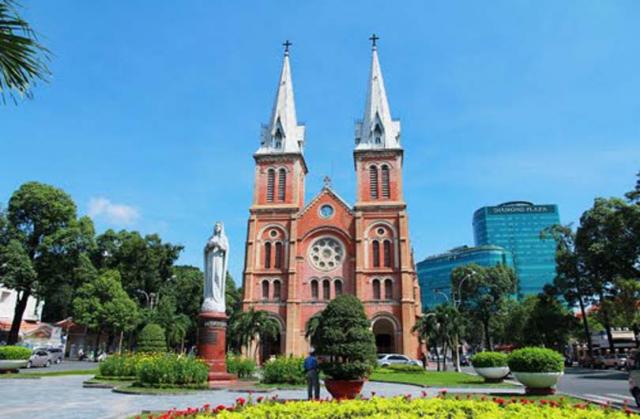 vietnam saigon notre dame cathedral1 640x480 - HO CHI MINH CITY SHORE EXCURSIONS