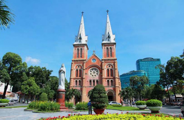 vietnam saigon notre dame cathedral15db94e43b758f 640x480 - SOUTH VIETNAM TOUR (04 DAYS)