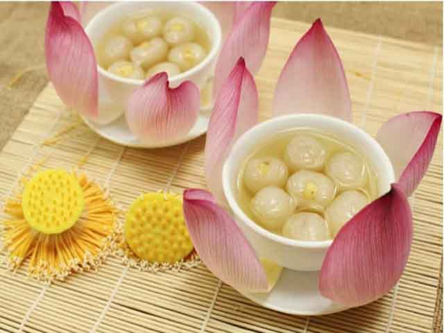 cach nau che hat sen ngon 2 - The Beauty Of Lotus In Hue Cuisine
